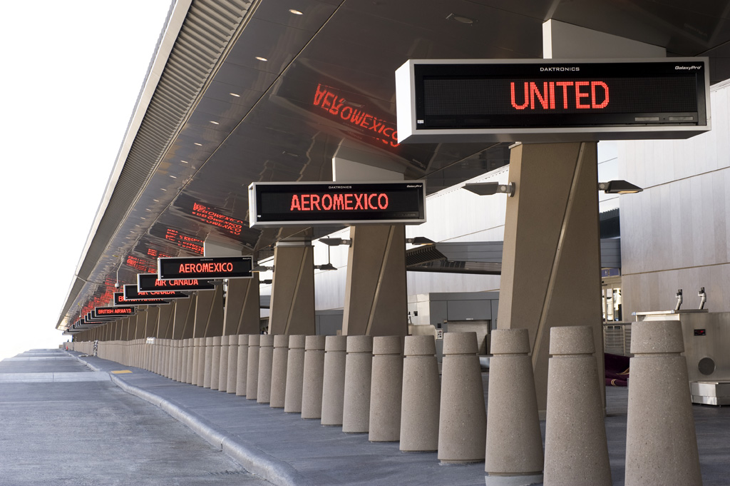 departures-curb-1024-1.png